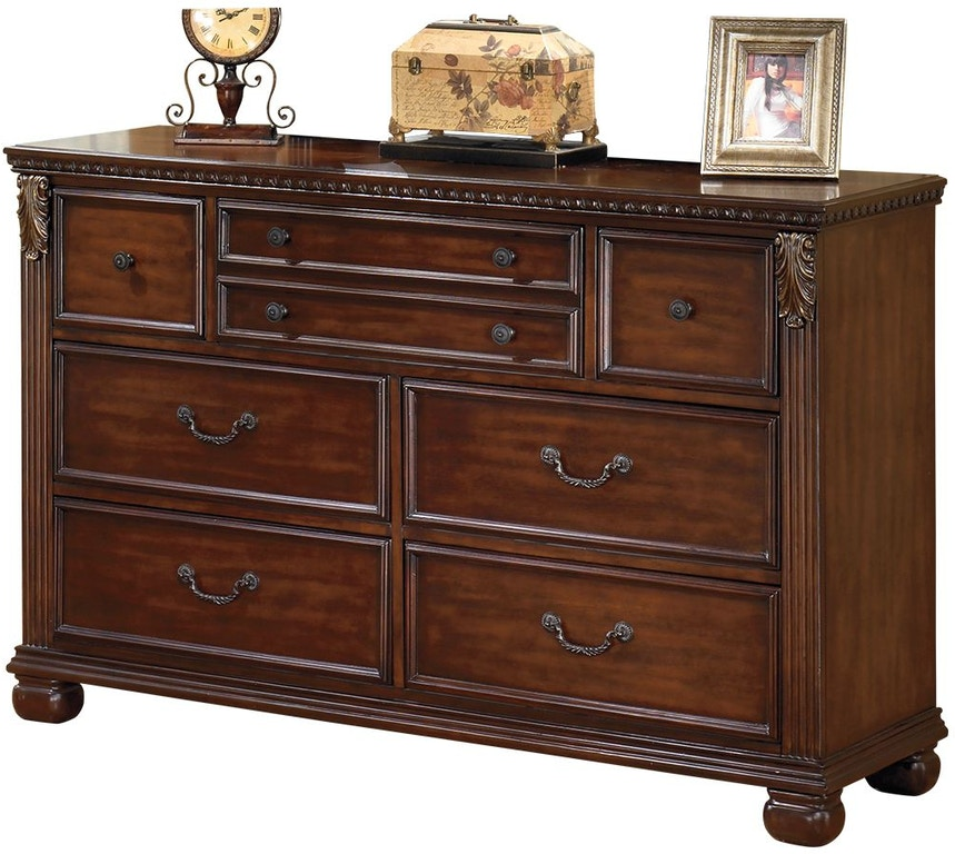 Discounted Ashley Furniture: Signature Design By Ashley Bedroom Leahlyn Dresser B526-31