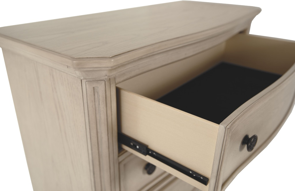 Signature Design By Ashley Bedroom Demarlos Chest Of