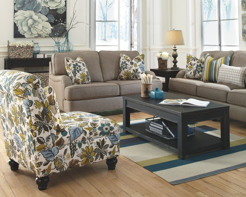 Signature Design By Ashley Living Room Gavelston Coffee