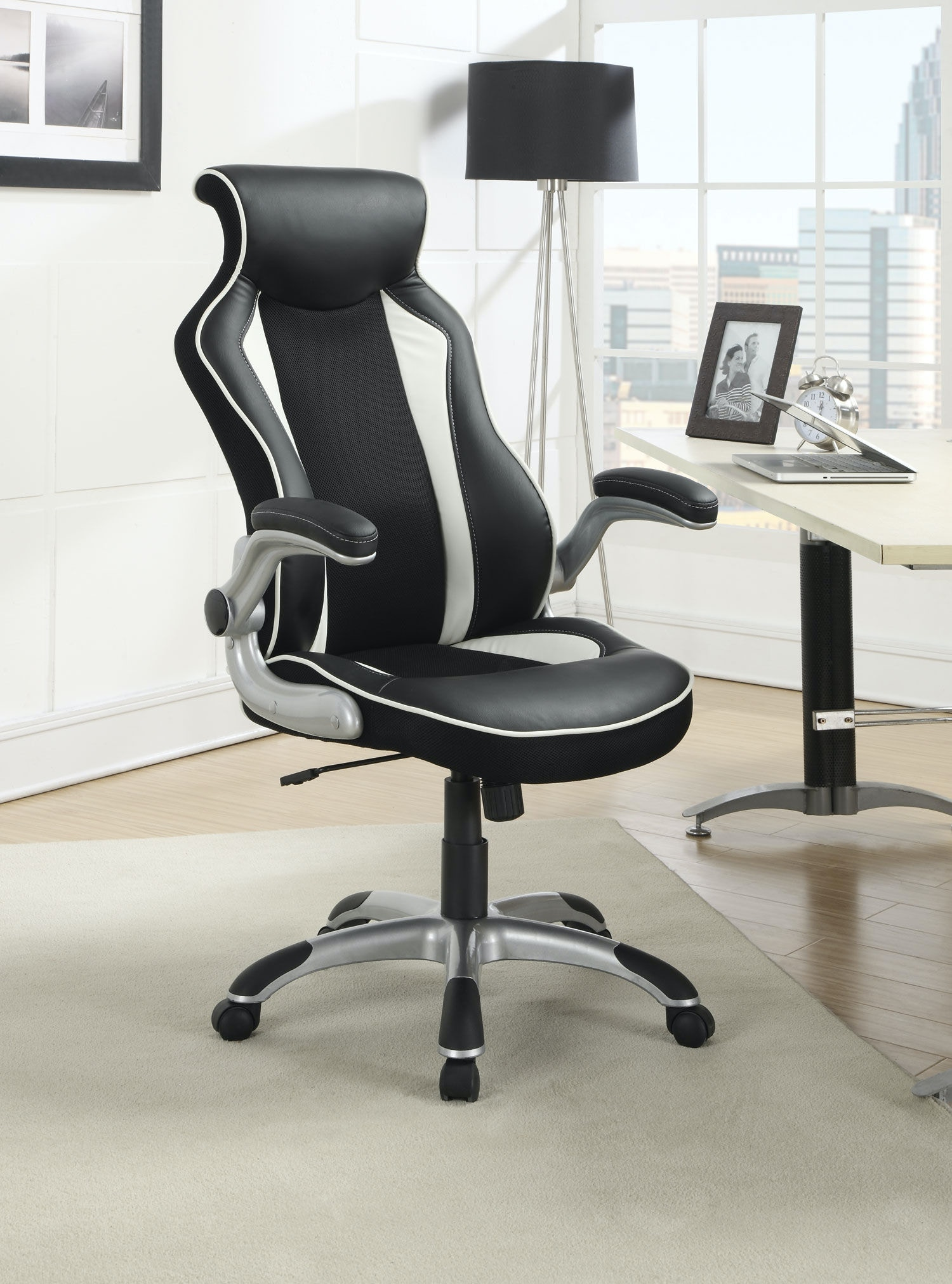 800048. Office Chair
