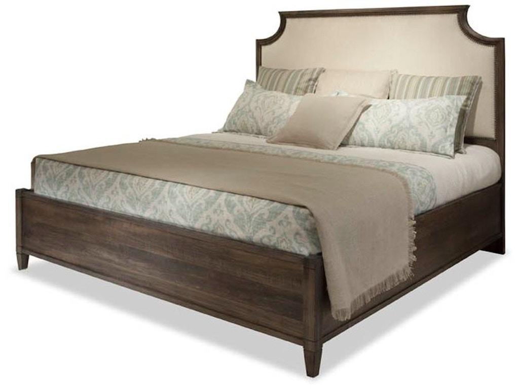 Durham Furniture Bedroom King Scalloped Upholstered Bed