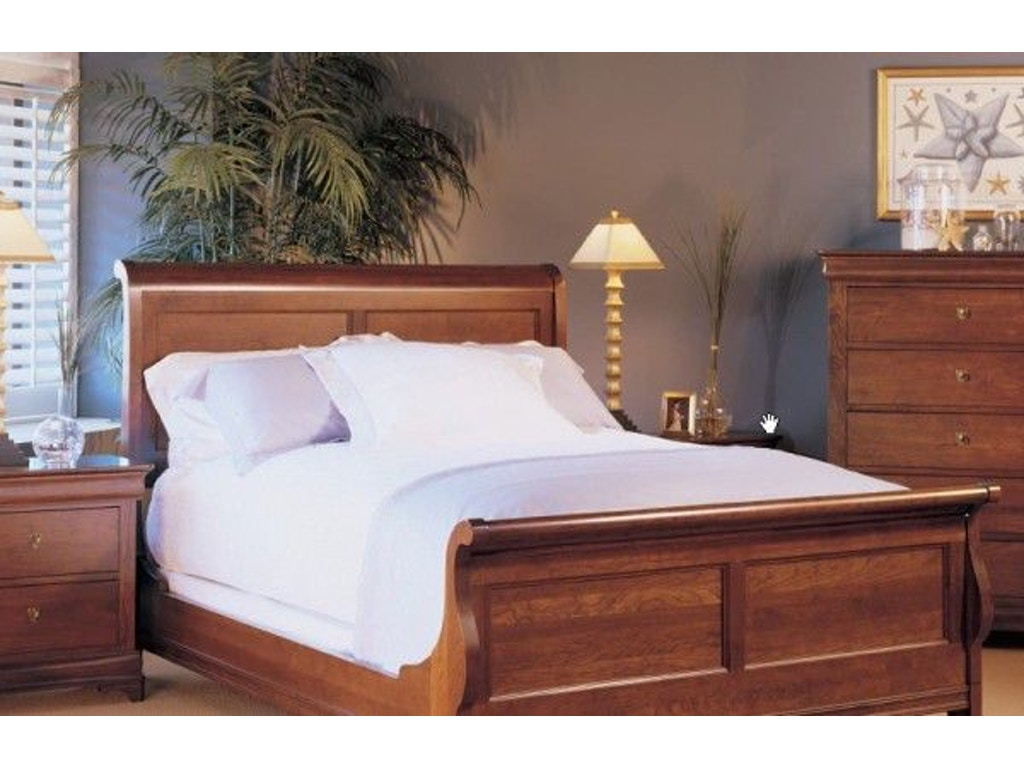 Durham Furniture Bedroom Chateau Fontaine Queen Sleigh Bed