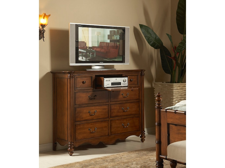 Fine Furniture Design Bedroom Master Chest 1050 146 At Kalin Home Furnishings