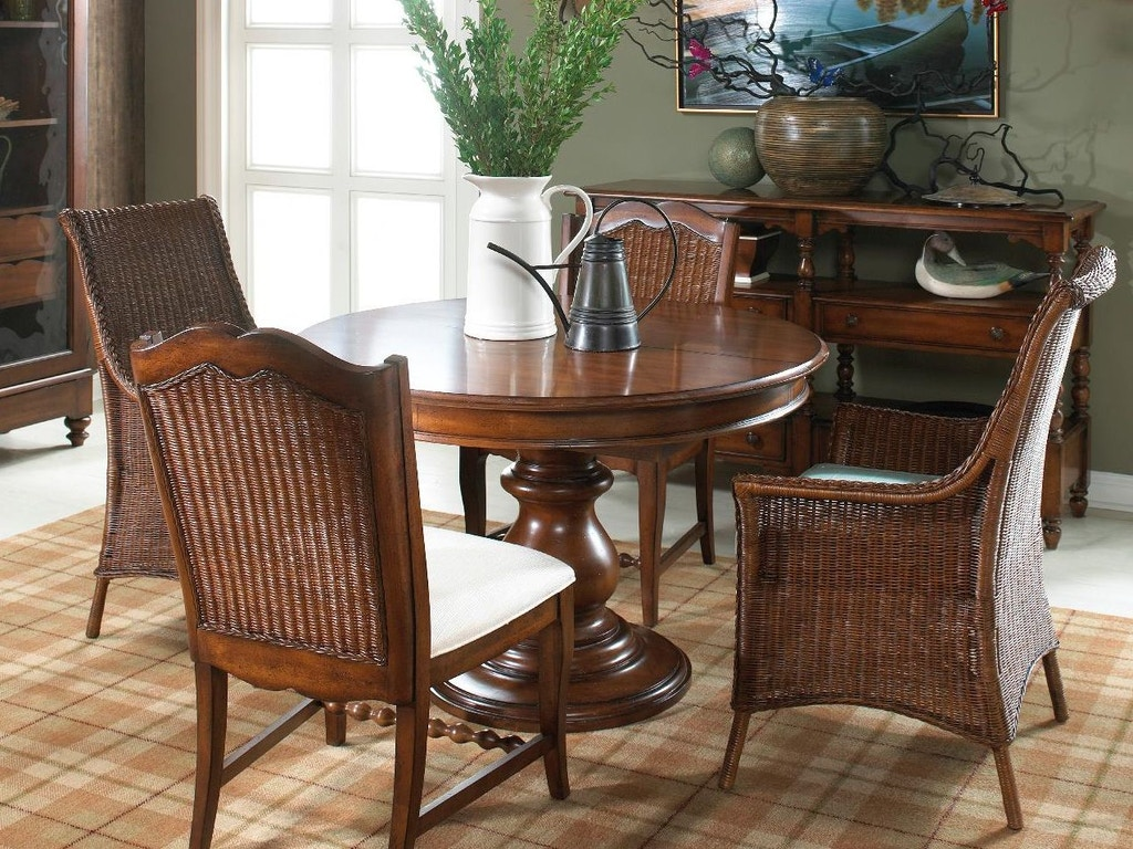 Fine furniture design dining room round dining table 1050 810 811 kalin home furnishings Home design furniture ormond beach fl