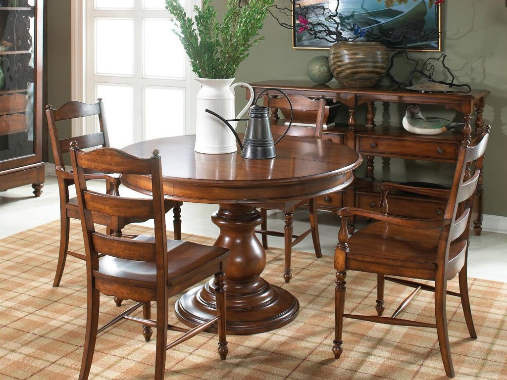 Fine furniture design dining room round dining table 1050 for Fine dining room furniture
