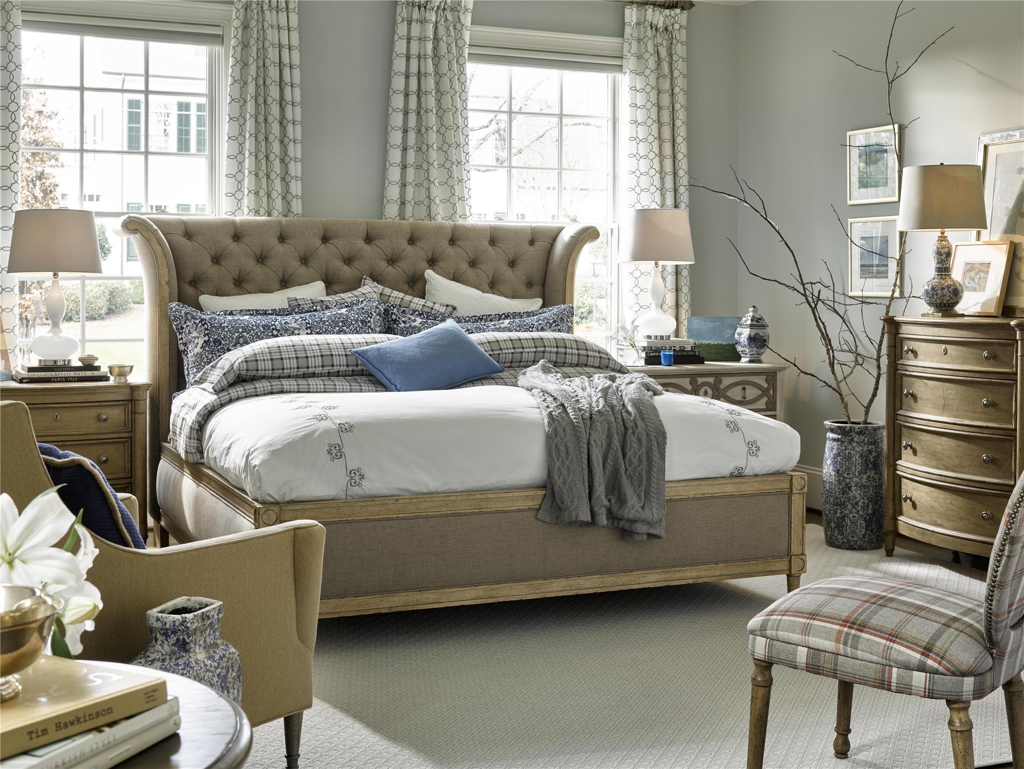Fine Furniture Design Bedroom Daventry Upholstered King Bed 1570 467