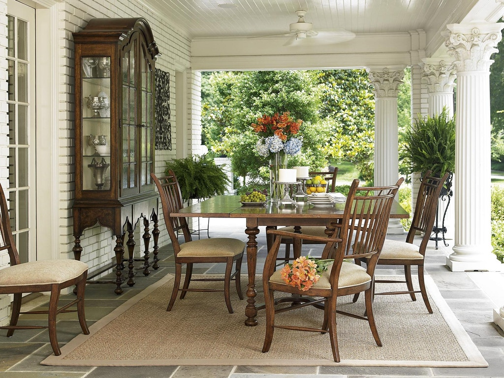 Fine Furniture Design Vitrine Cabinet 1340 830