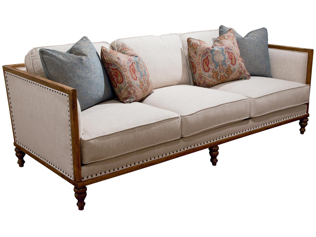Fine Furniture Design Living Room Sydney Sofa 5514 01