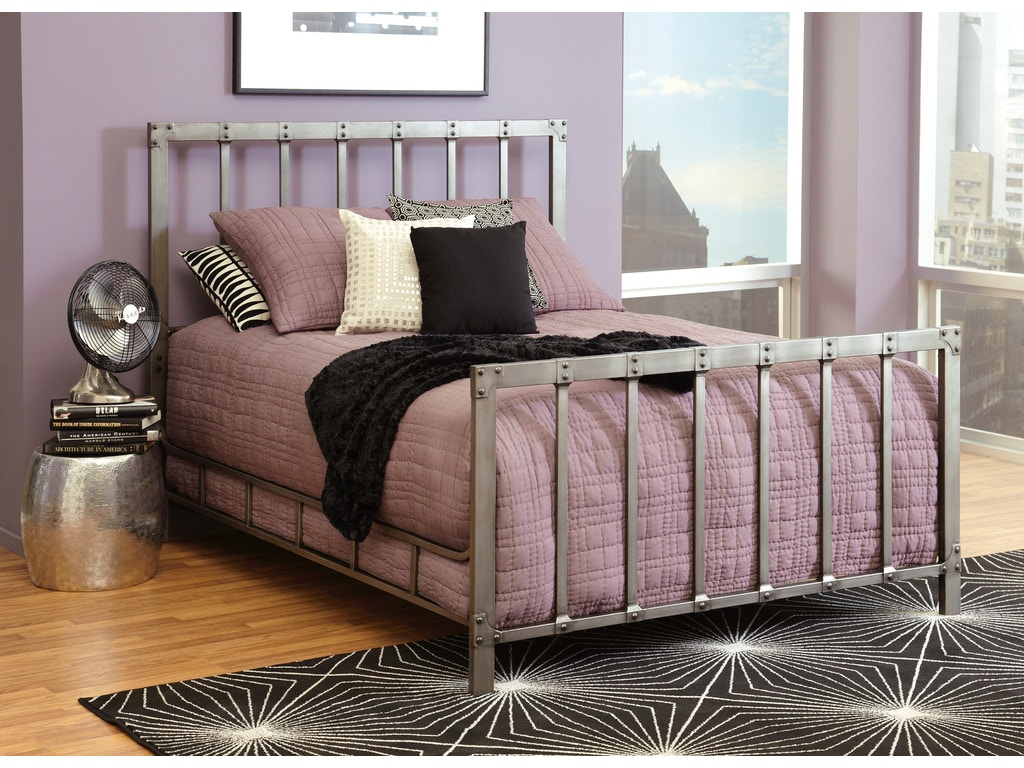Largo International Bedroom Queen Headboard And Footboard