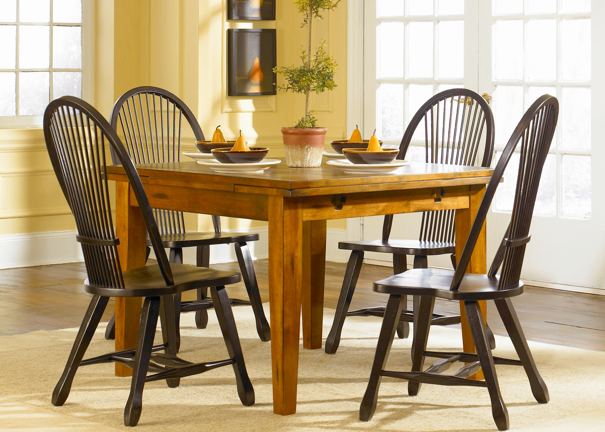 Liberty Furniture Dining Room Opt 5 Piece Retractable