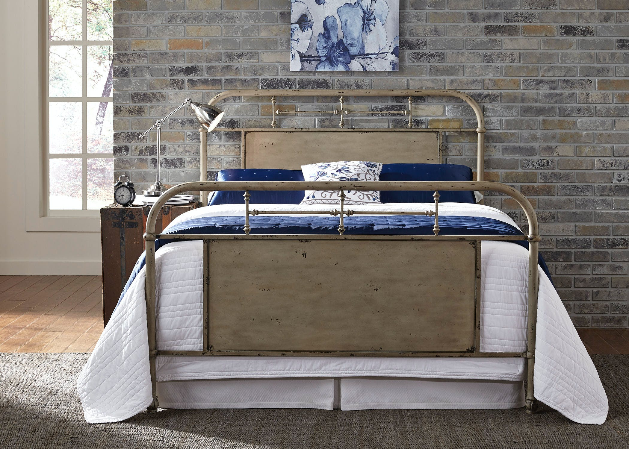 Image of: Liberty Furniture Bedroom Queen Metal Bed Vintage Cream 179 Br13hfr W Grossman Furniture Philadelphia Pa