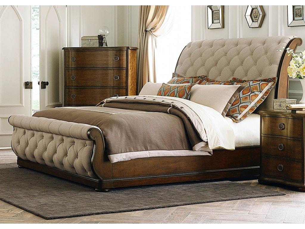 Liberty Furniture Bedroom King Sleigh Bed, Dresser and Mirror 545-BR