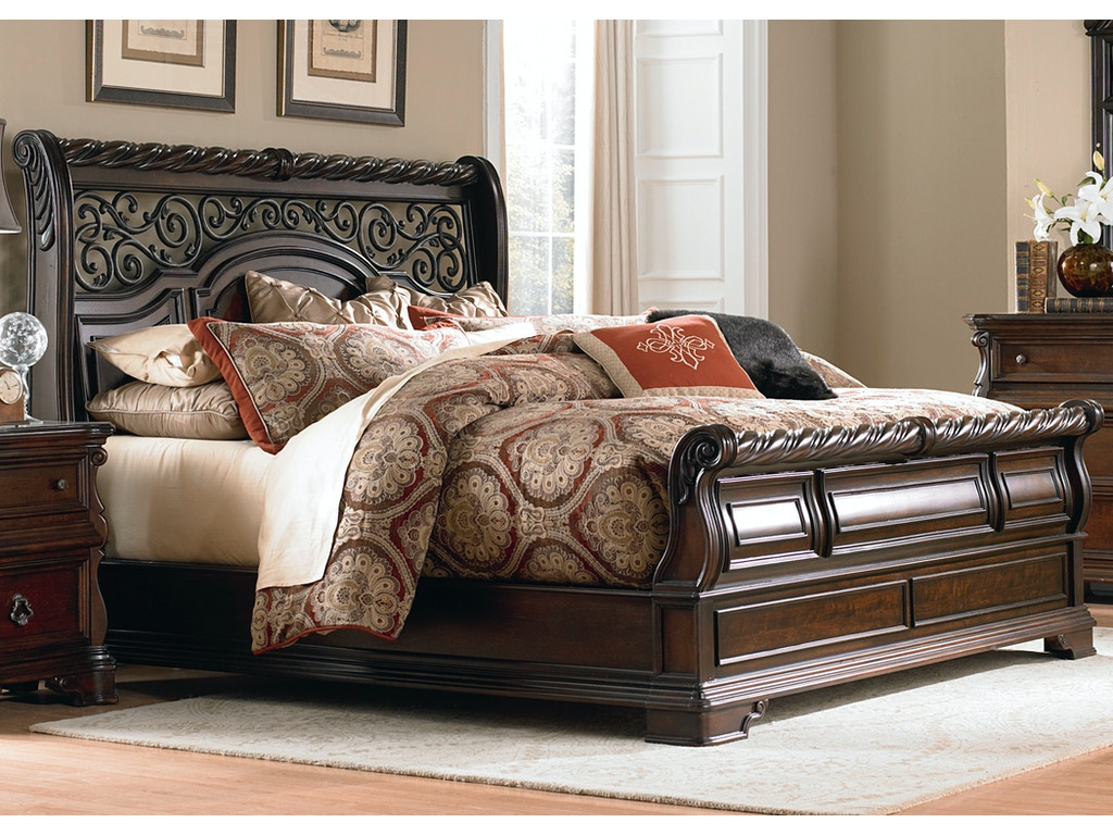 liberty furniture bedroom king sleigh bed 575 br ksl shofer 39 s baltimore md. Black Bedroom Furniture Sets. Home Design Ideas