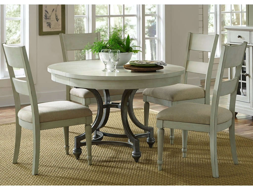 Liberty Furniture Dining Room 5 Piece Round Table Set 731