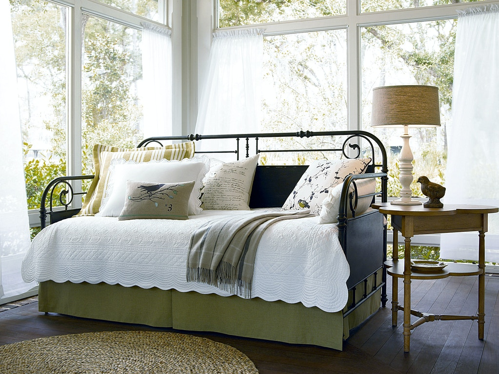 Paula Deen By Universal Bedroom Garden Gate Daybed 192200 Ariana Home Furnishings Design