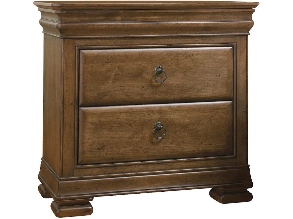 Universal Furniture Bedroom Nightstand 071355