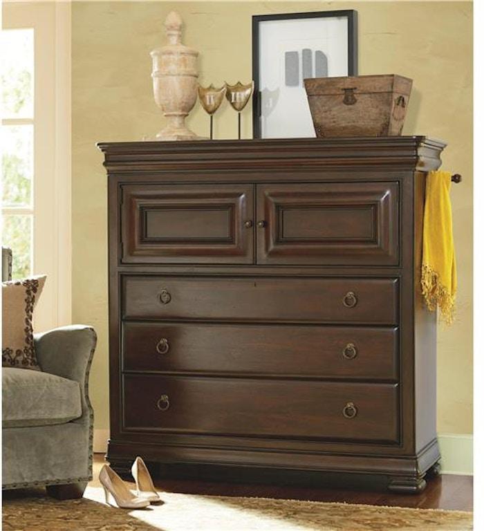 Universal Furniture Bedroom Dressing Chest 581175