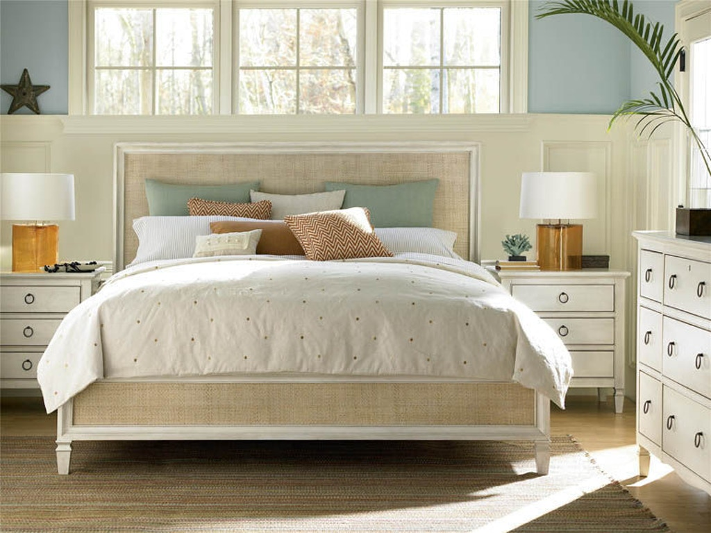 Universal Furniture Bedroom Woven Accent Queen Bed 987210b