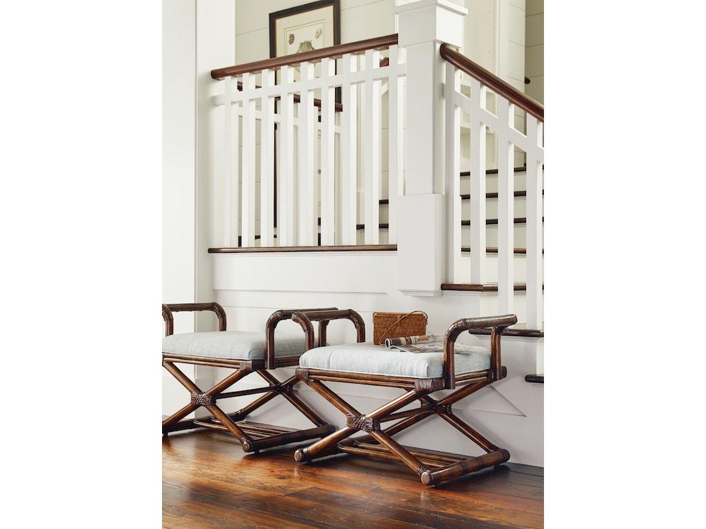 Lexington living room echo beach bench 1206 44 kalin for Small room echo