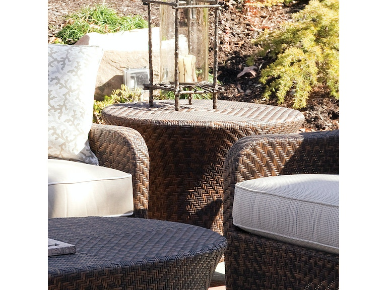 Belle Isle Round End Table 410 022