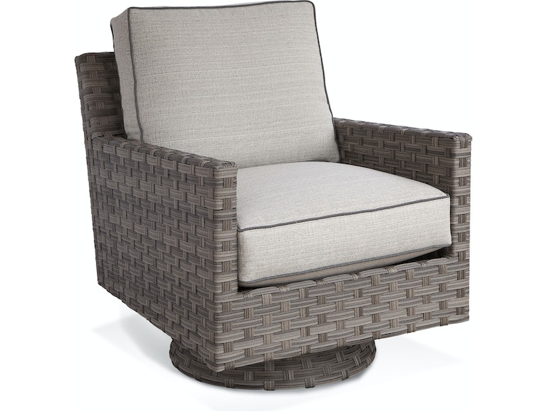 Braxton Culler Outdoor Patio Luciano Swivel Chair 414 005