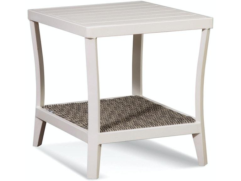 Braxton Culler Outdoor Patio Molly End Table 418 071