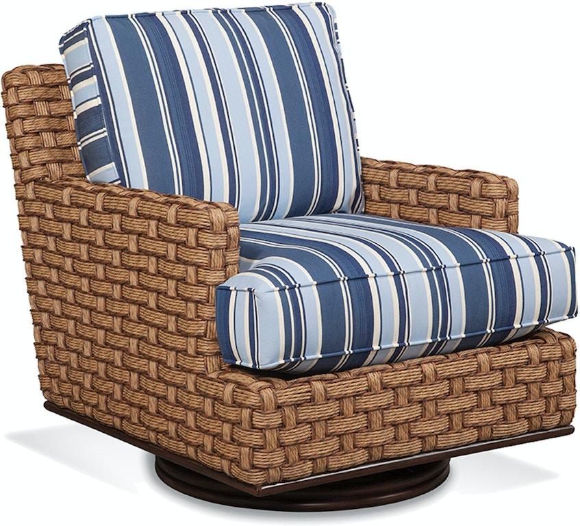 Braxton Culler Outdoor Patio Mahon Swivel Chair 424 008