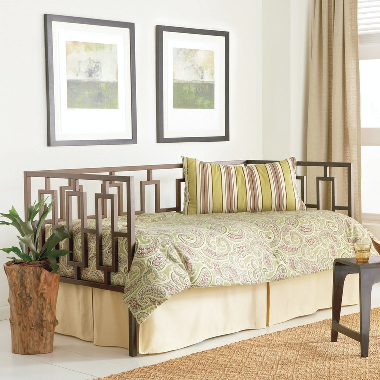 Fashion Bed Group Miami Complete Metal Daybed With Link Spring And Trundle Pop Up