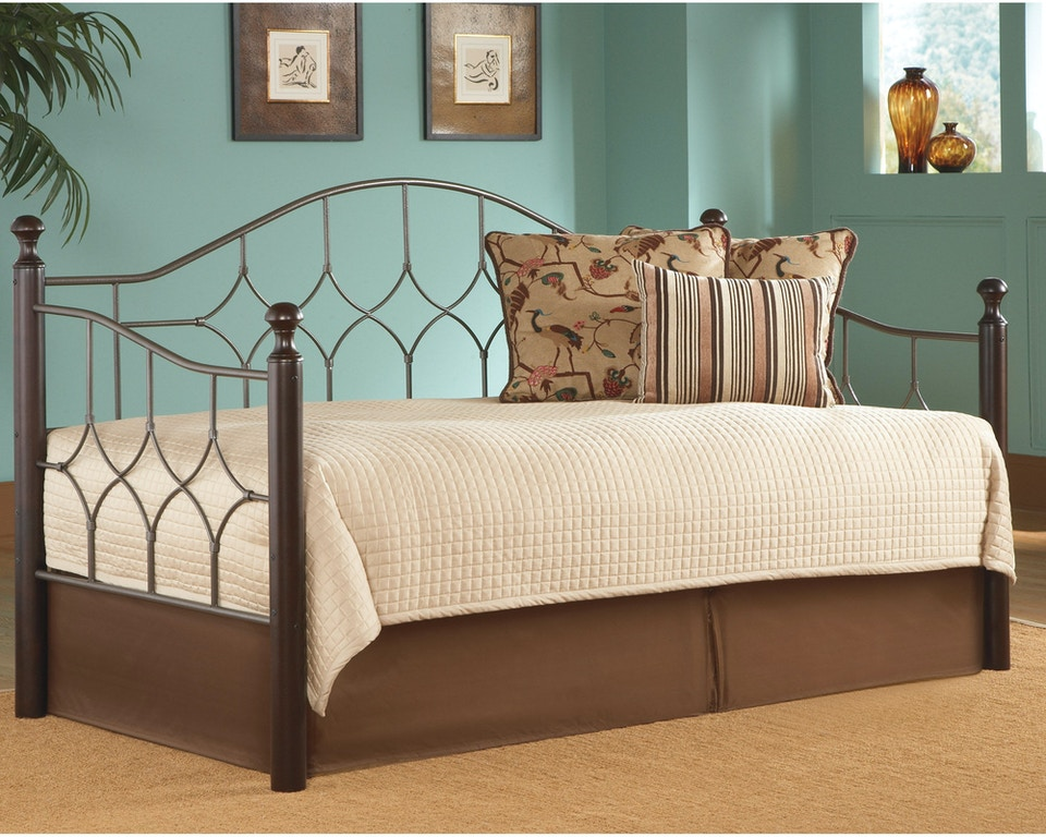 Fashion Bed Group Bedroom Bianca Complete Metal Daybed With Link