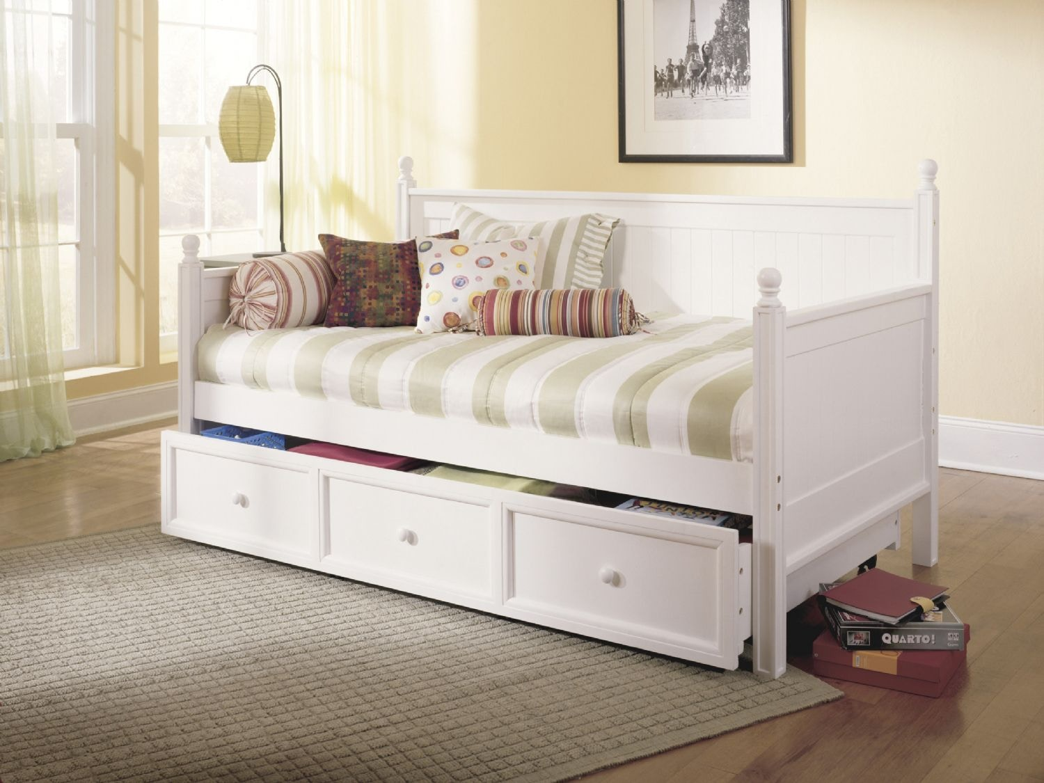 Fashion Bed Group Casey Daybed B51C43