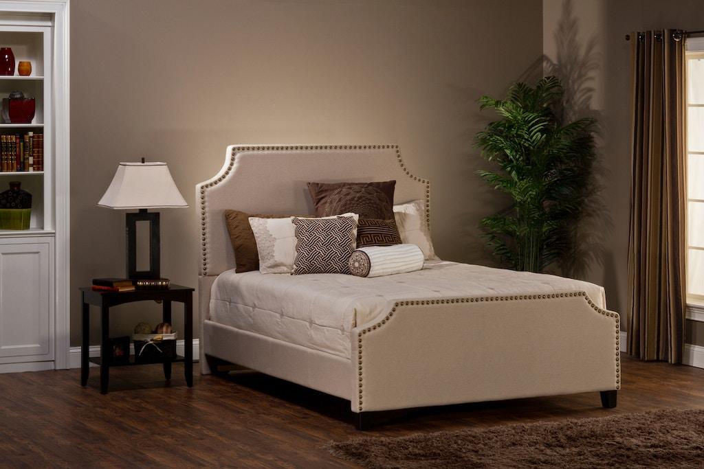 Hilale Furniture Dekland Bed Set California King With Rails 1121bckr