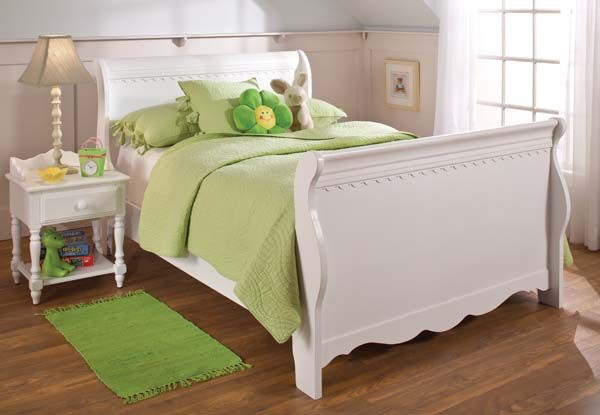 Hillsdale Furniture Youth Lauren Sleigh Footboard   Full 1528 480W At EMW  Carpets U0026 Furniture