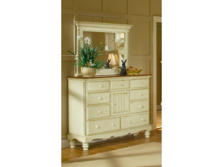 Hillsdale Furniture Bedroom Wilshire Mule Chest 1172 787 Hickory Furniture Mart Hickory Nc