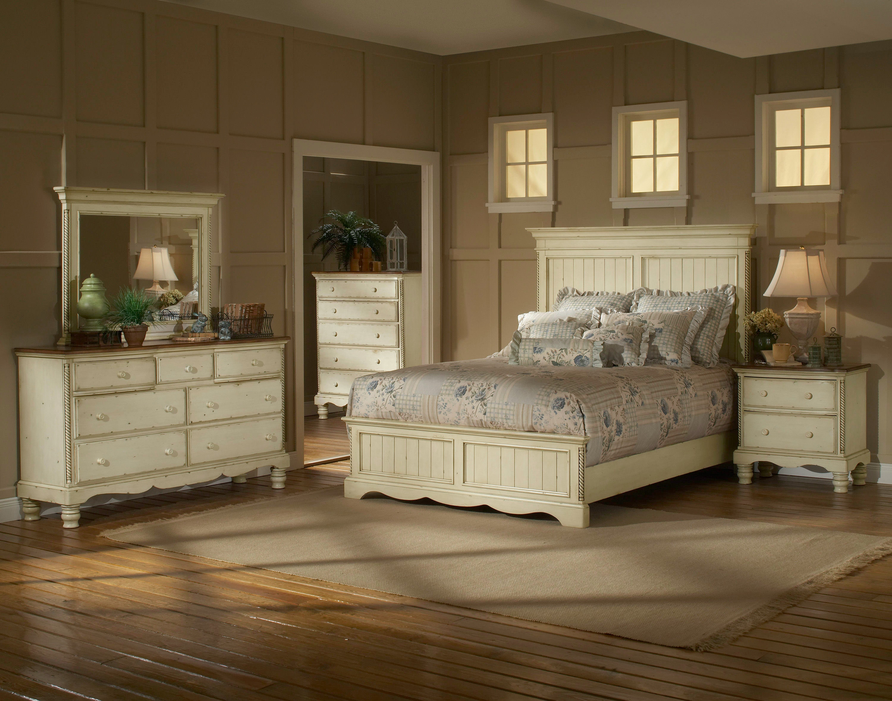 Hillsdale Furniture Bedroom Wilshire Panel Bed Headboard   King 1172 673 At Carol  House Furniture