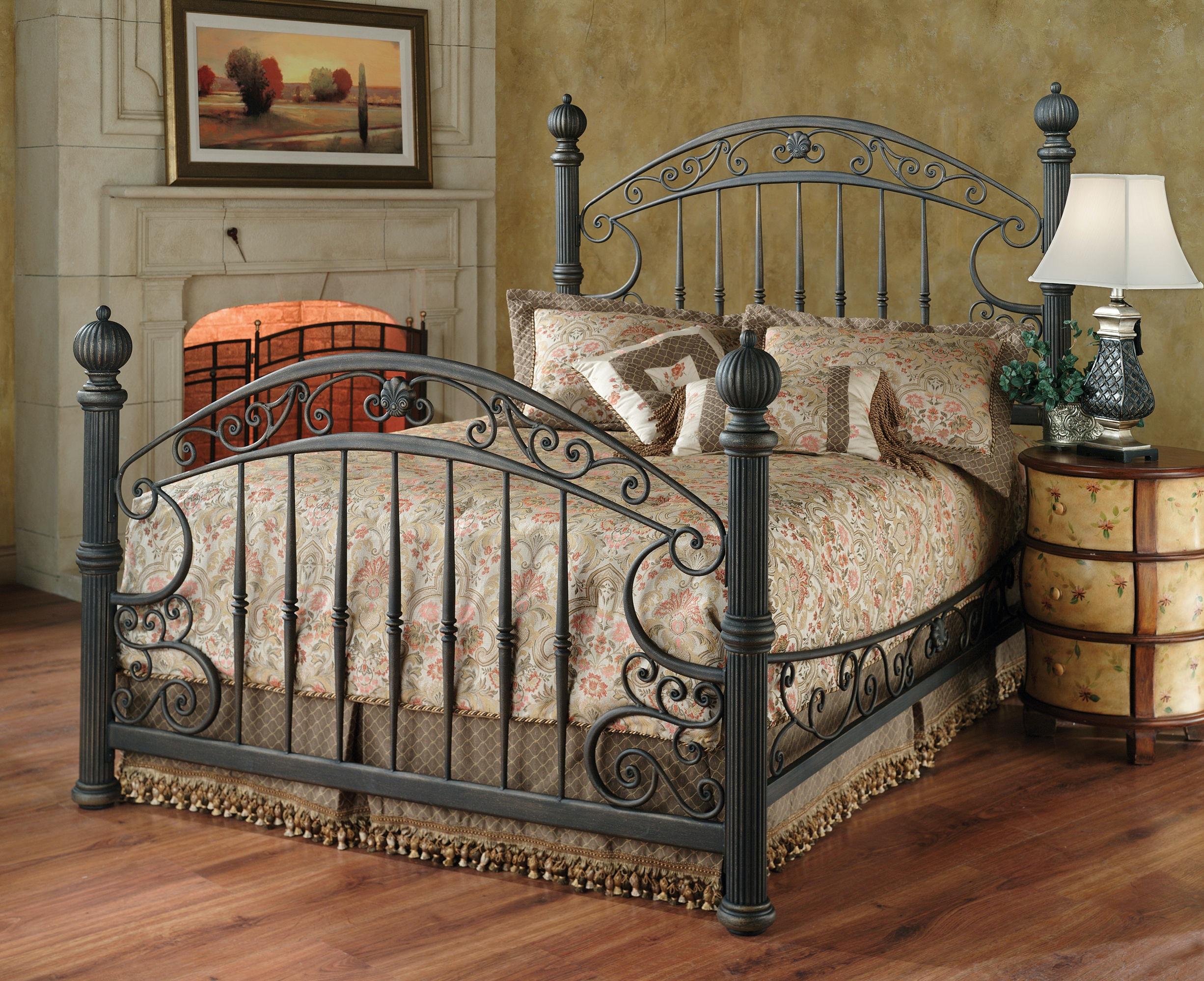 Exceptionnel Hillsdale Furniture Bedroom Chesapeake Headboard Grill   King 1335 670 At  EMW Carpets U0026 Furniture