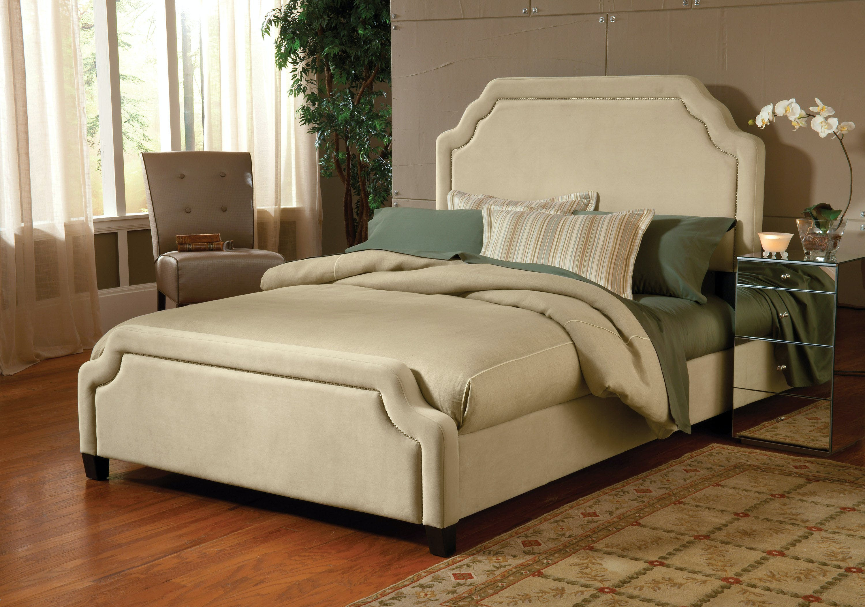 Hillsdale Furniture Bedroom Carlyle California King Bed Set With Rails 1566bckrc Rice Furniture