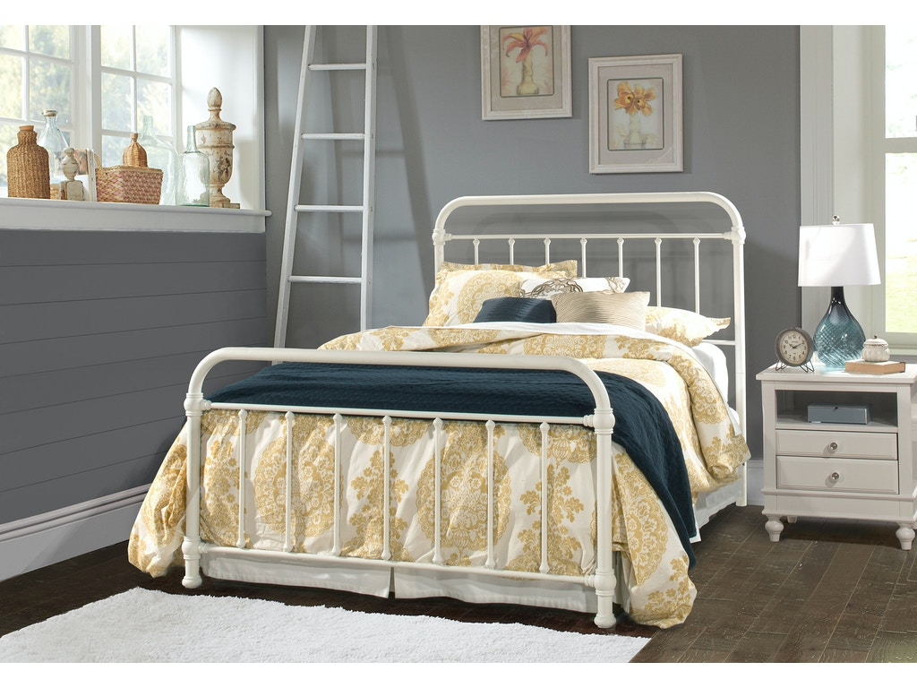 Hillsdale furniture bedroom kirkland bed set queen bed for Queen bed frame and dresser set
