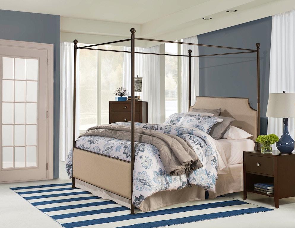 Hillsdale Furniture Bedroom Mcarthur Canopy Bed Set