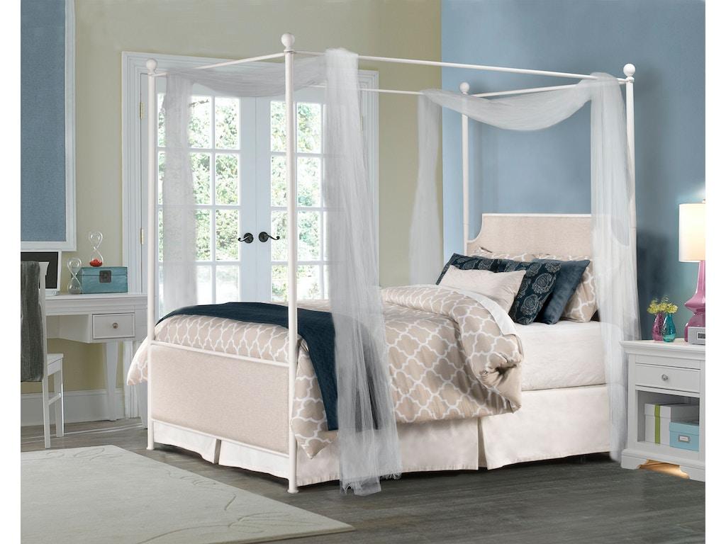 Hillsdale Furniture Bedroom Mcarthur Canopy Bed Set Off