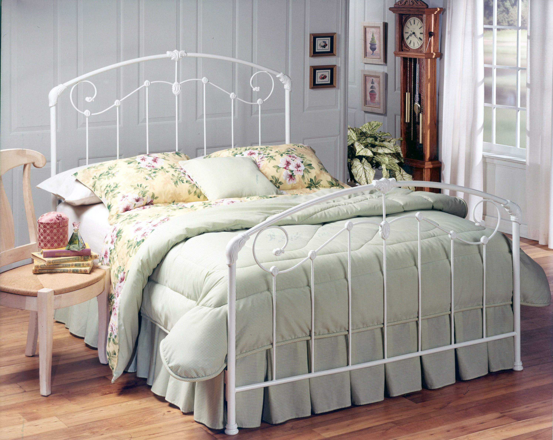 Hillsdale Furniture Bedroom Maddie Bed Set King Rails Not Included 325bk Gavigan S Furniture