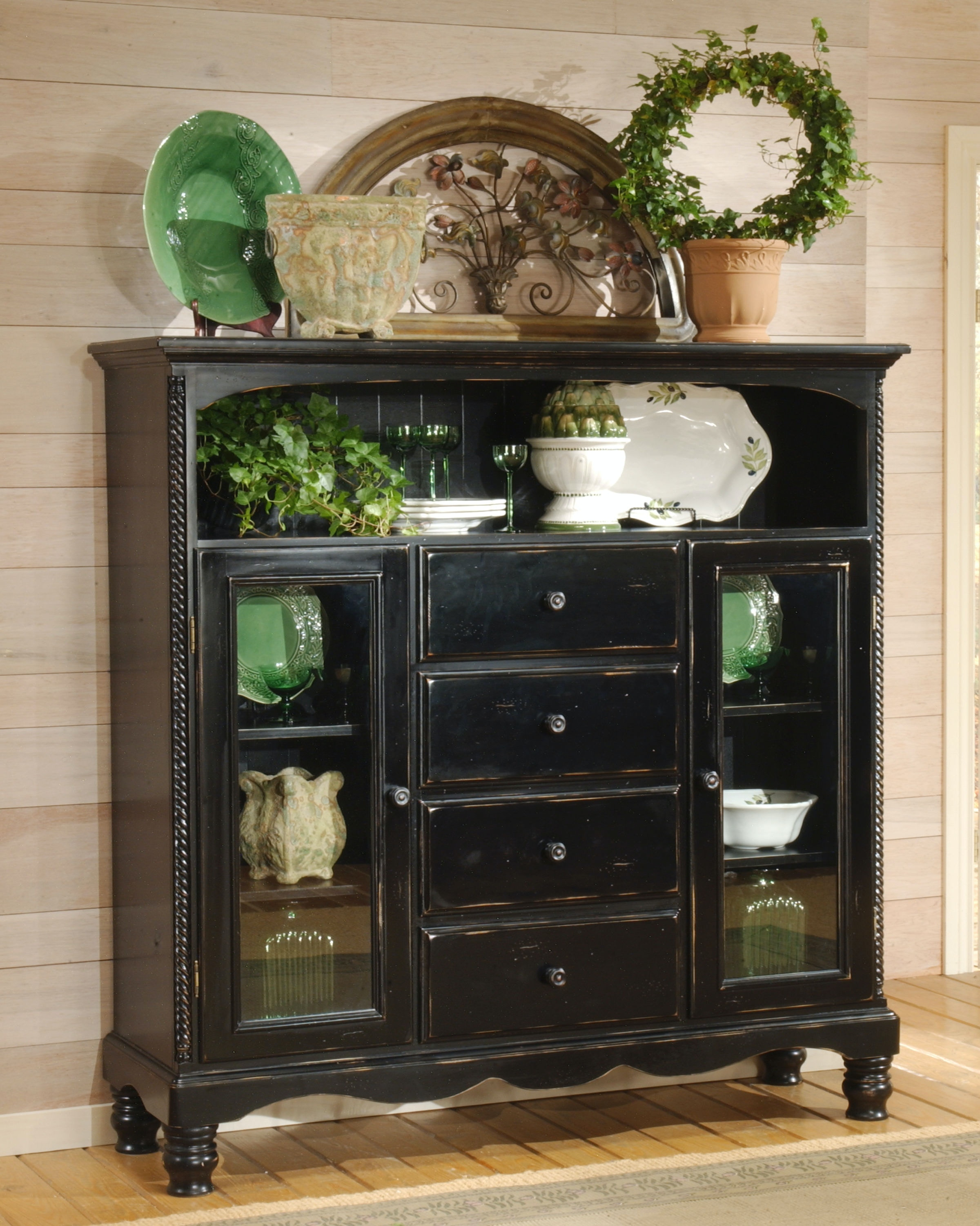 Hillsdale Furniture Accessories Wilshire Four Drawer Baker