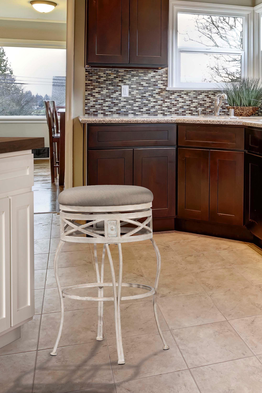 Hillsdale Furniture Indoor/Outdoor Callen Swivel Counter Stool 6298 826