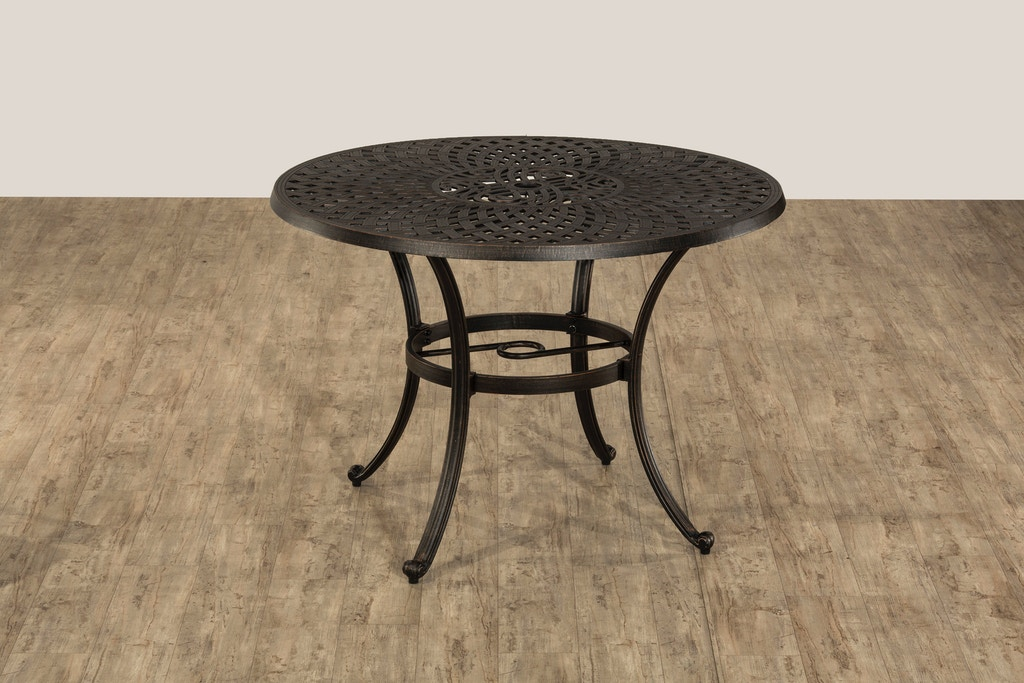 Hillsdale Furniture Outdoor/Patio Outdoor Esterton Round