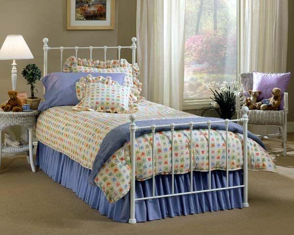 Hillsdale Furniture Bedroom Molly Duo Panel   Queen 1222 570   EMW Carpets  U0026 Furniture   Denver, CO