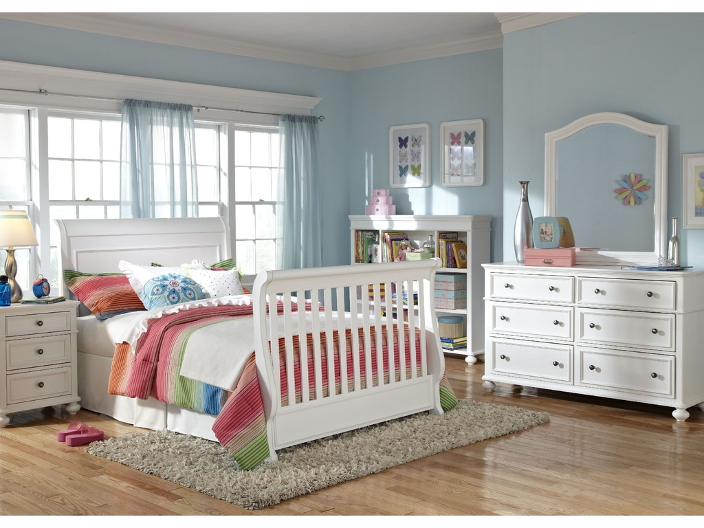 Legacy Classic Kids Baby Nursery Convertible Crib 2830