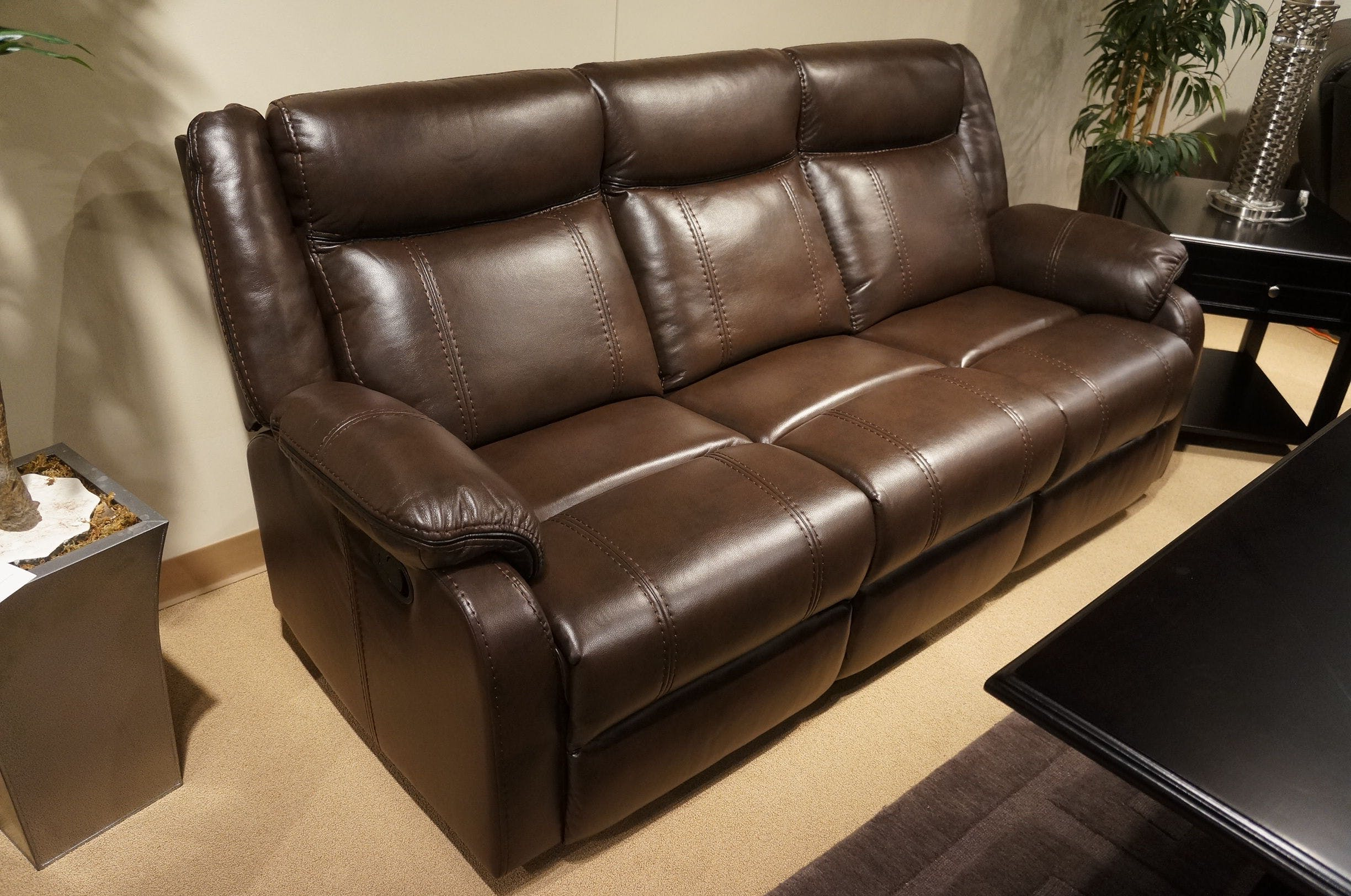 Picture of: Homelegance Living Room Double Reclining Sofa With Center Drop Down Cup Holders 8201brw 3