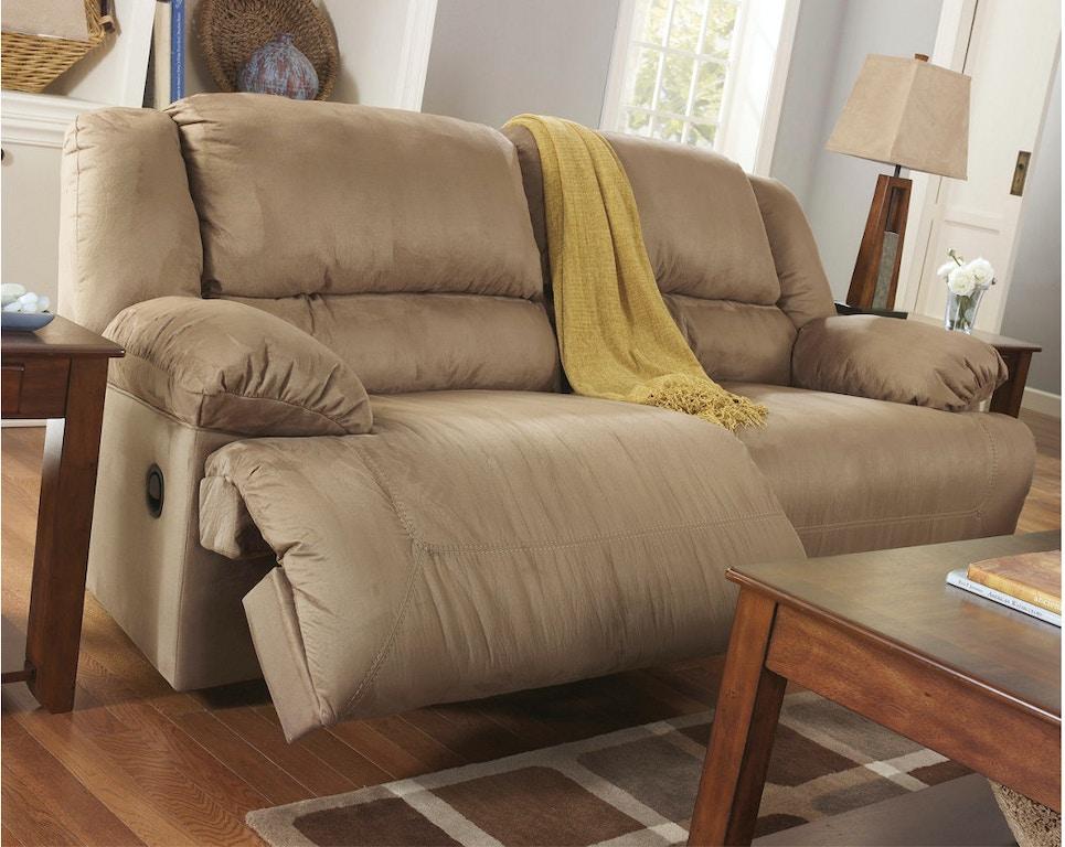 Ashley 2 Seat Reclining Sofa 5780281 In Portland Oregon