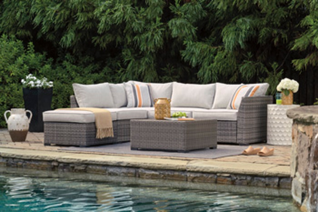 4 Piece Outdoor Sectional Set P301 070