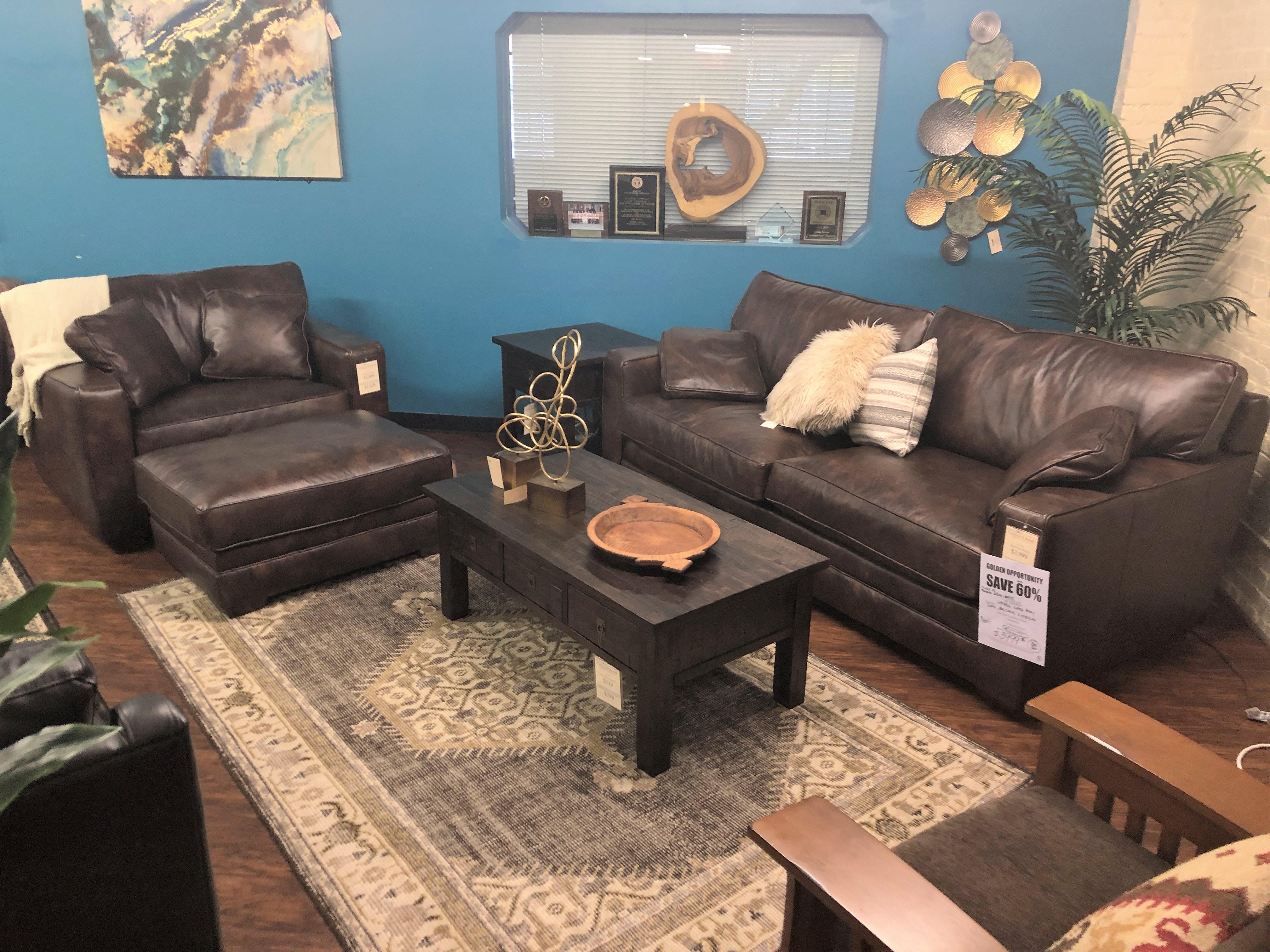 Clearance Genuine Leather Sofa, Big Chair And Ottoman 60543, 60544, 60545