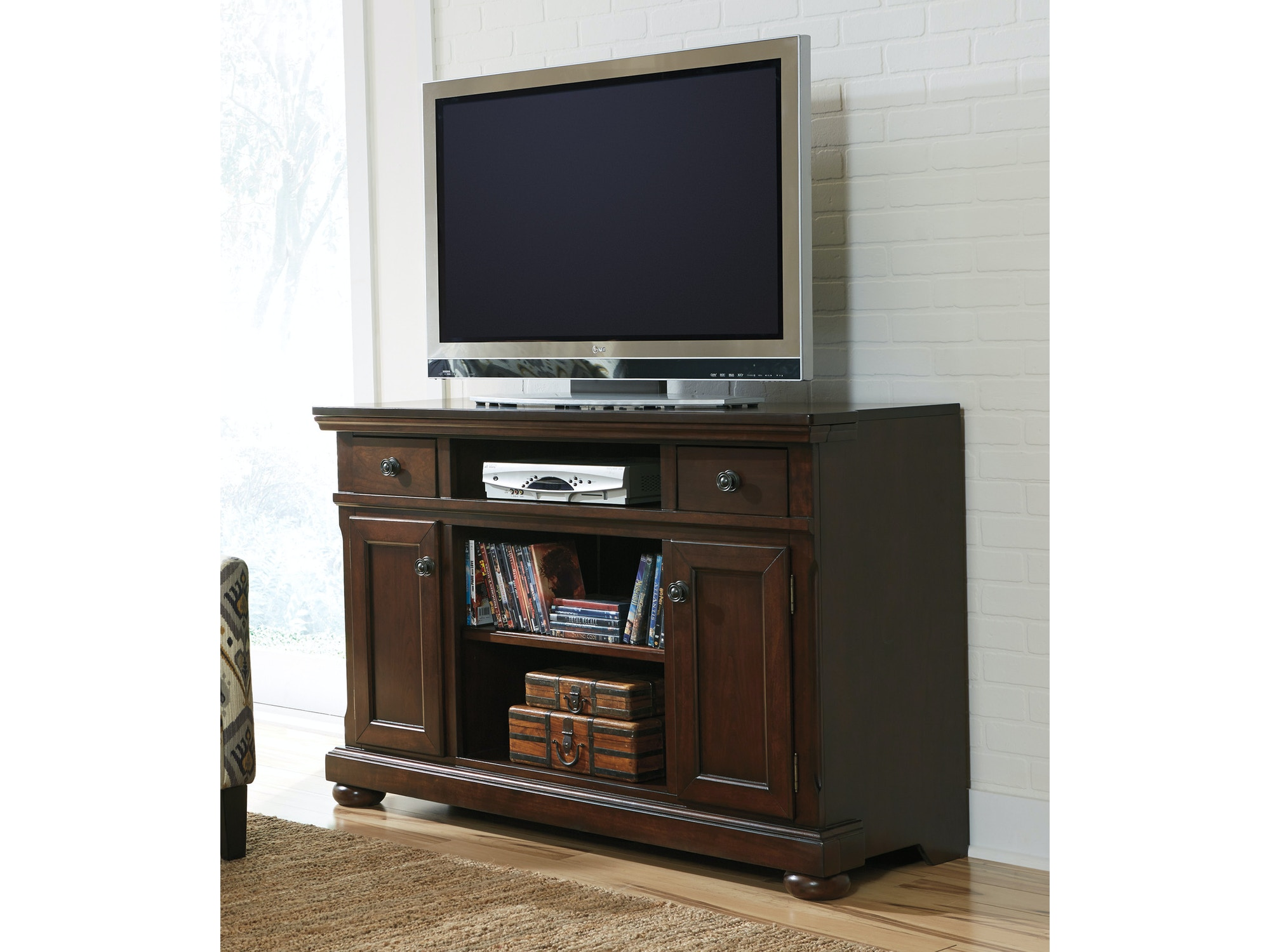 Porter TV Stand - Large 047218